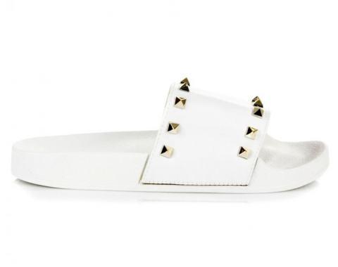 Бели кожени чехли